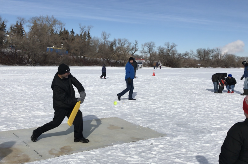 Hundreds brave cold to take in Waskimo on Family Day