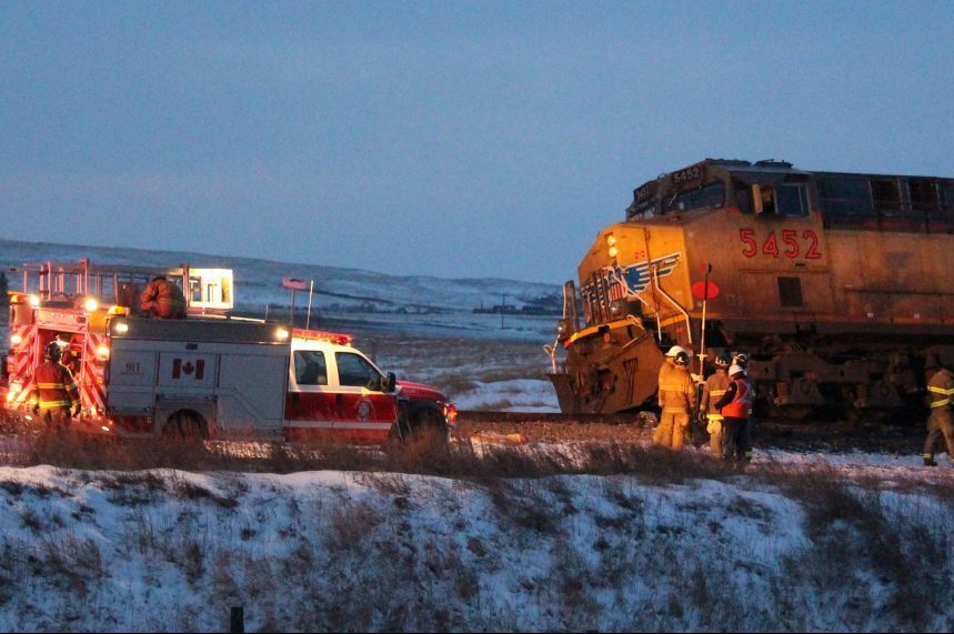 Train derailment cleanup continues near Swift Current