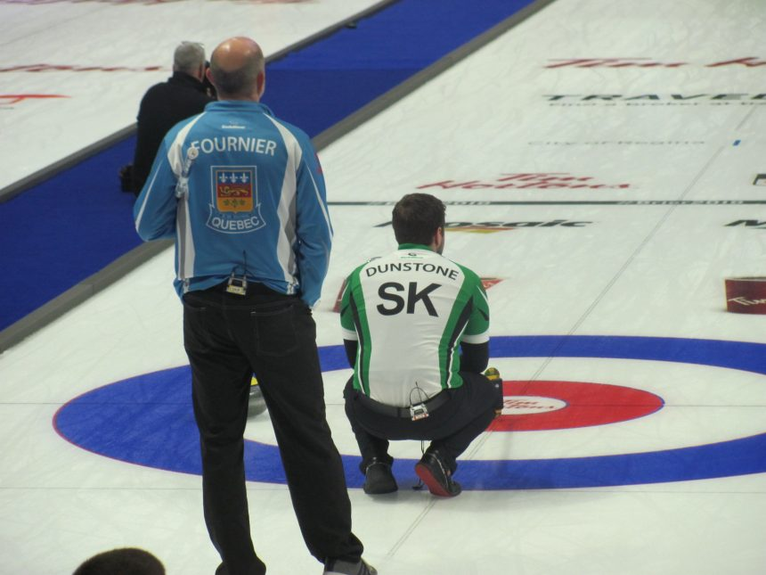 Carruthers edges Laycock in extra end at Brier