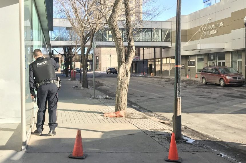 Suspicious package briefly closes street in downtown Regina