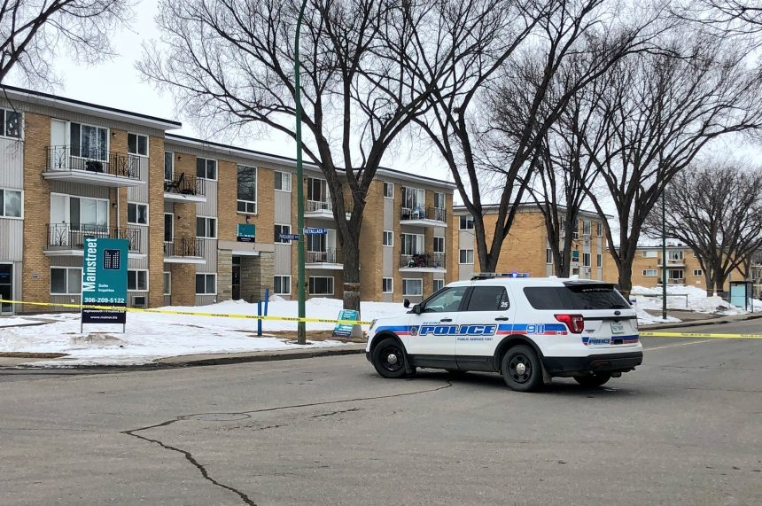 Taxi driver in critical condition after south Regina stabbing