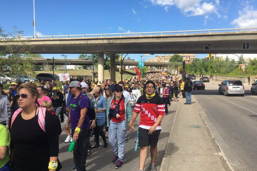 5K people flood downtown for reconciliation walk