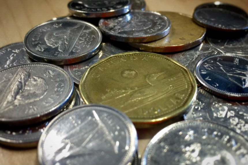 Canadian dollar hits 80-cent US mark for first time in more than a year
