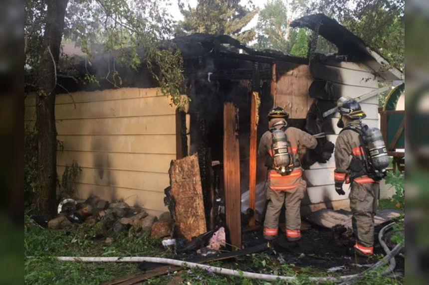 Fire destroys Saskatoon garage: causes 30K in damage
