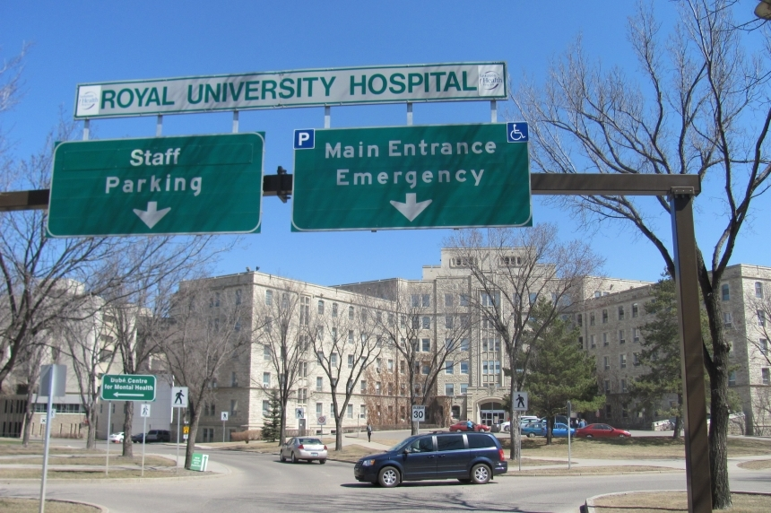 Traffic delays expected as crane removed at RUH
