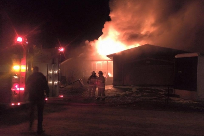 UPDATE: Fire destroys home in Grand Coulee