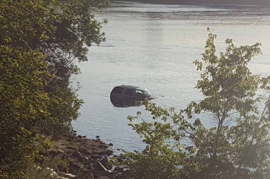 Stolen SUV found in river near Saskatoon weir