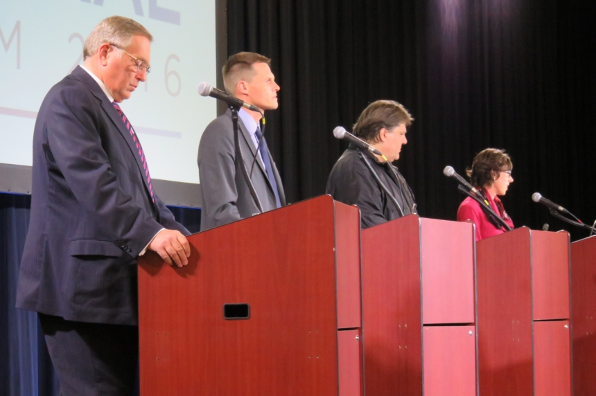 Mayoral candidates spar on visions for Saskatoon's future in first public forum