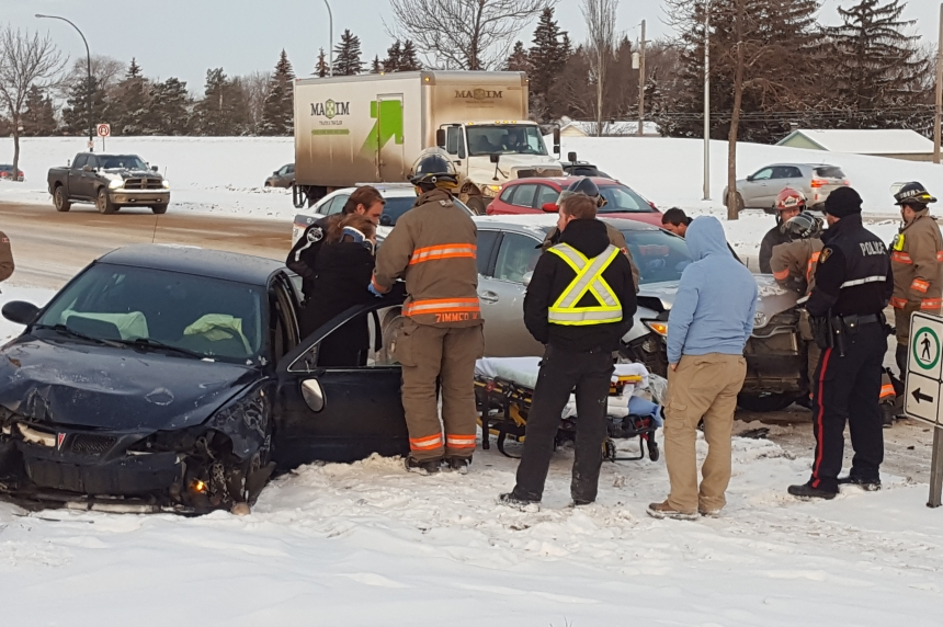 Saskatoon police warn of slippery roads after multiple crashes