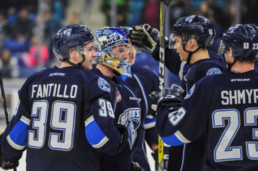 Blades hold on to beat Raiders