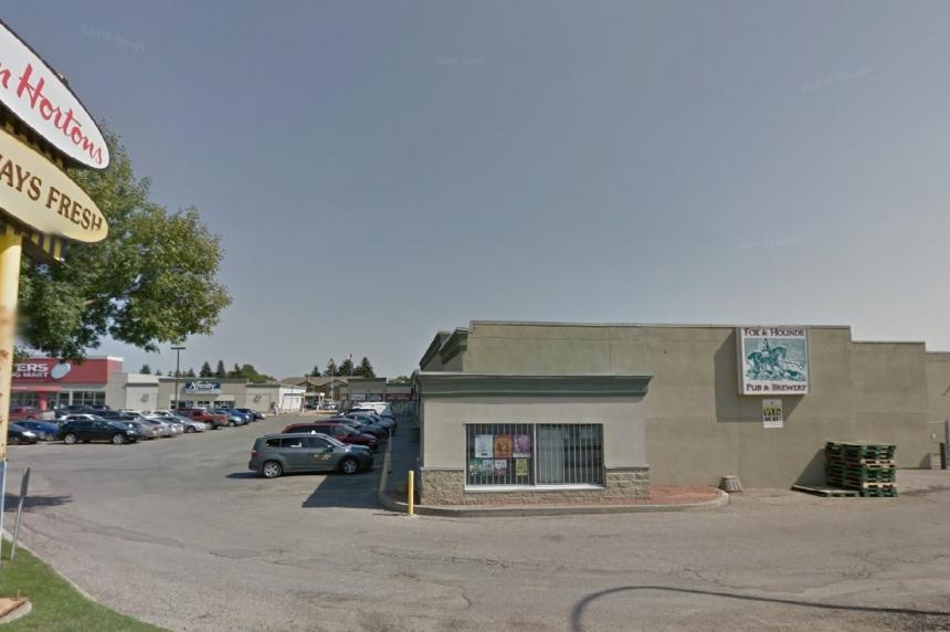 Saskatoon man has life-threatening injuries after parking lot stabbing