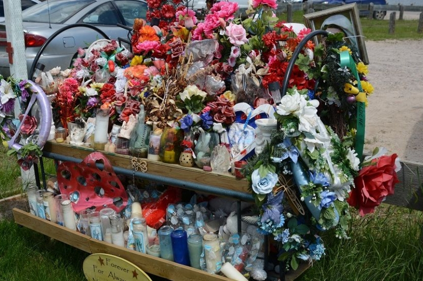 5 months after tragic shooting, La Loche school celebrates grad