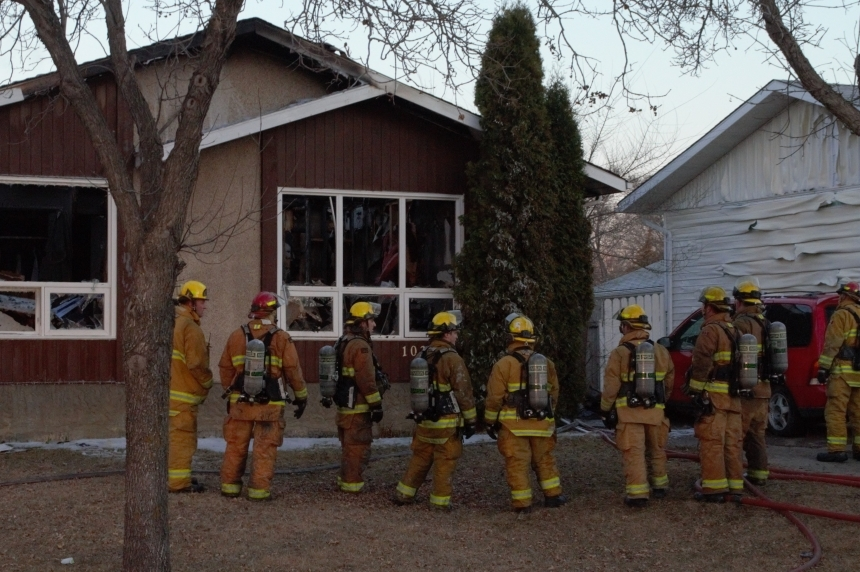 Working smoke detector saves lives in Regina house fire