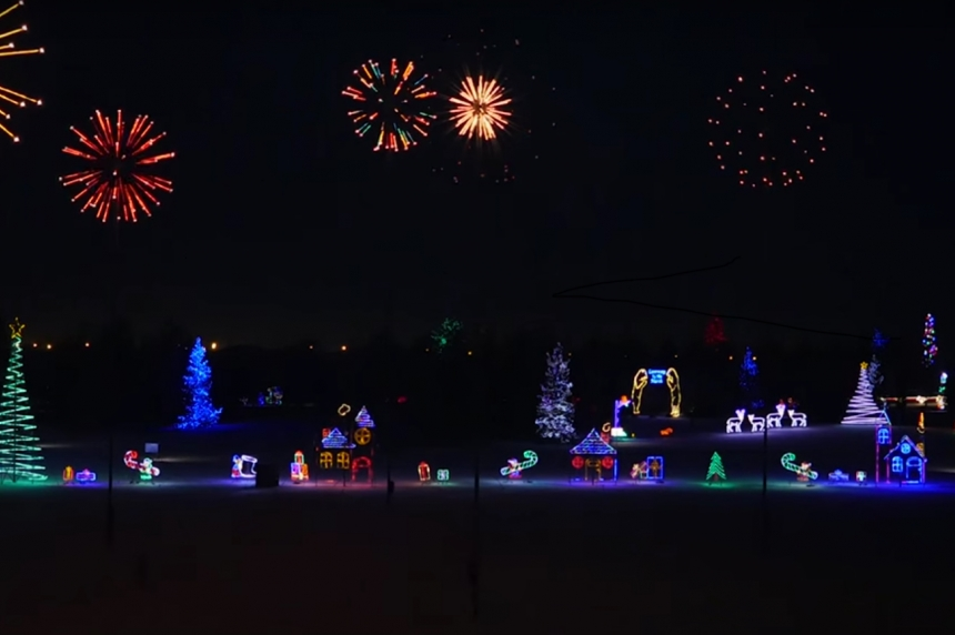 Saskatoon's holiday light show set to dazzle once again