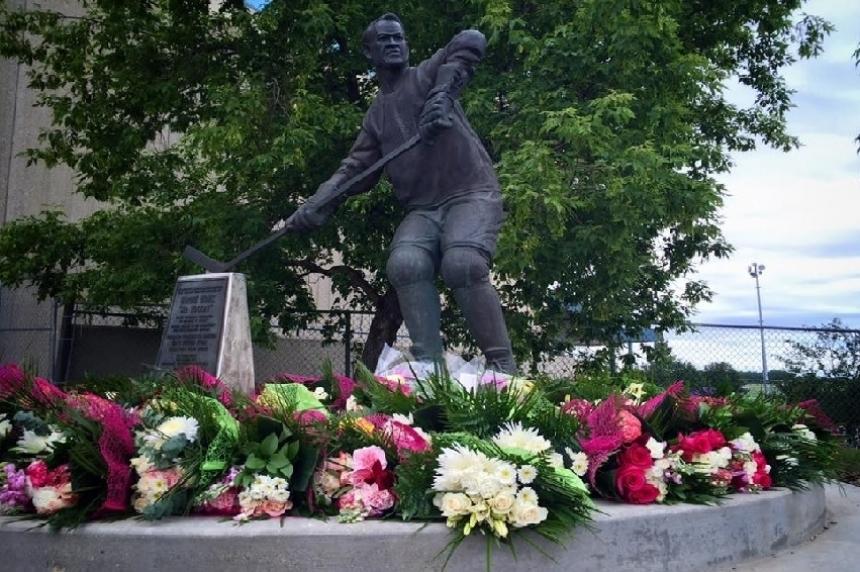 Howe family looks forward to day honouring Mr. Hockey
