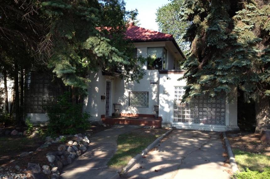 Regina man denied right to demolish house on heritage holding list