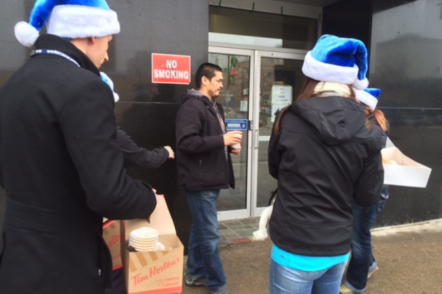 WestJet spreads cheer in downtown Saskatoon