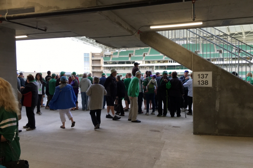 Eager fans get first glimpse of new Mosaic Stadium