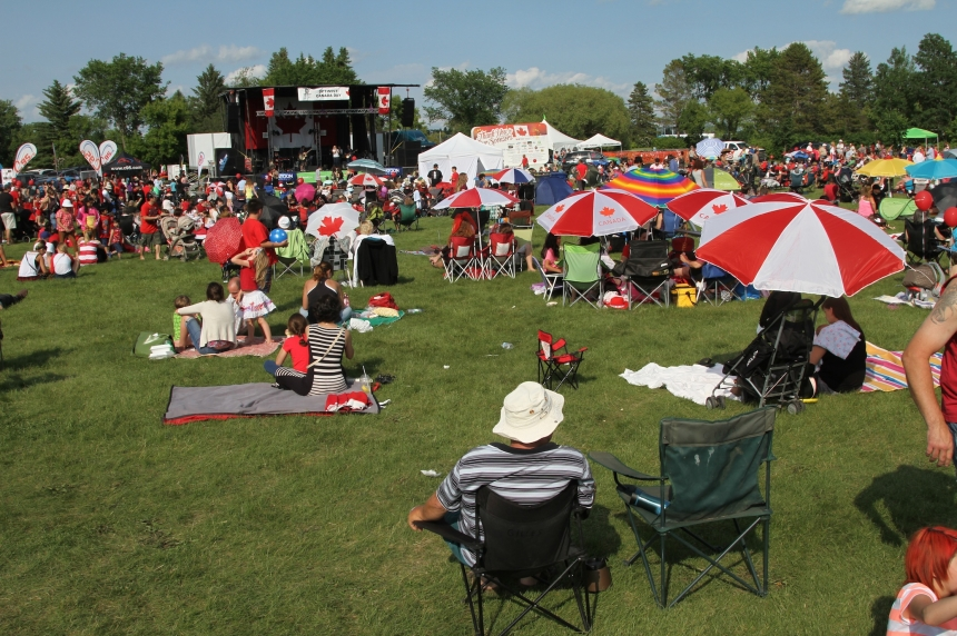 Canada Day celebrations go ahead in Saskatoon despite smoke