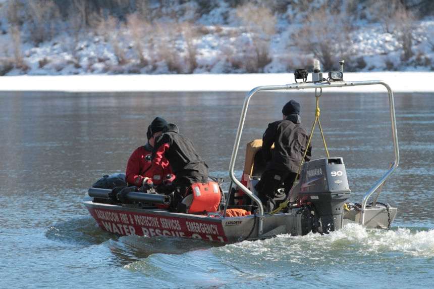 Man pulled from Saskatoon river