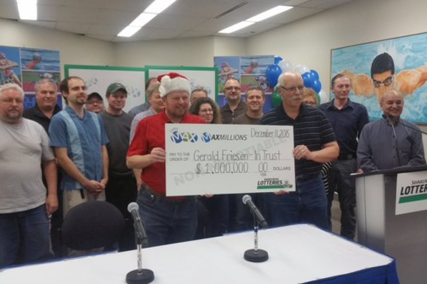 Saskatoon co-workers split big lotto win
