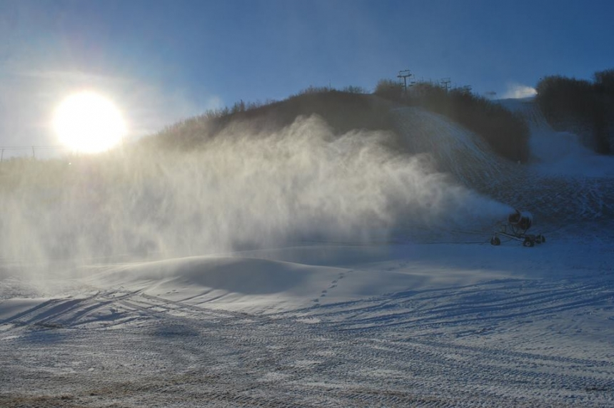 Trial to make snow continues at Mission Ridge