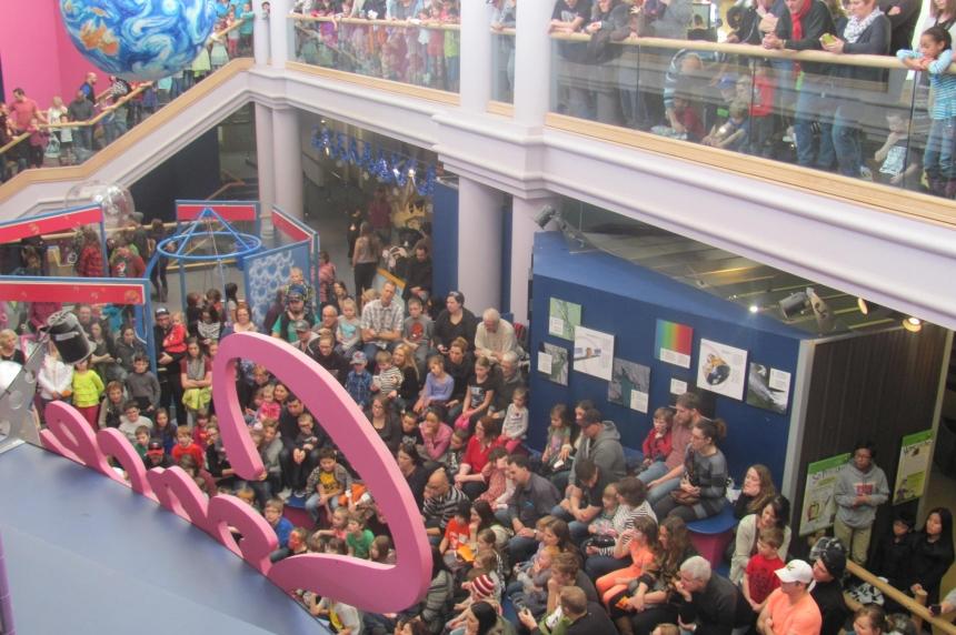 Regina kids celebrate 'Noon Year's Eve' at the Saskatchewan Science Centre
