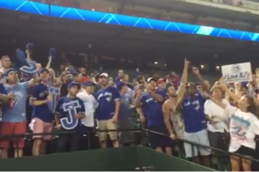 Rowdy Jays fans belt out Oh Canada after Game 3 win