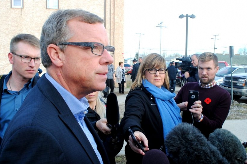 Premier Wall visits La Ronge to address youth suicides