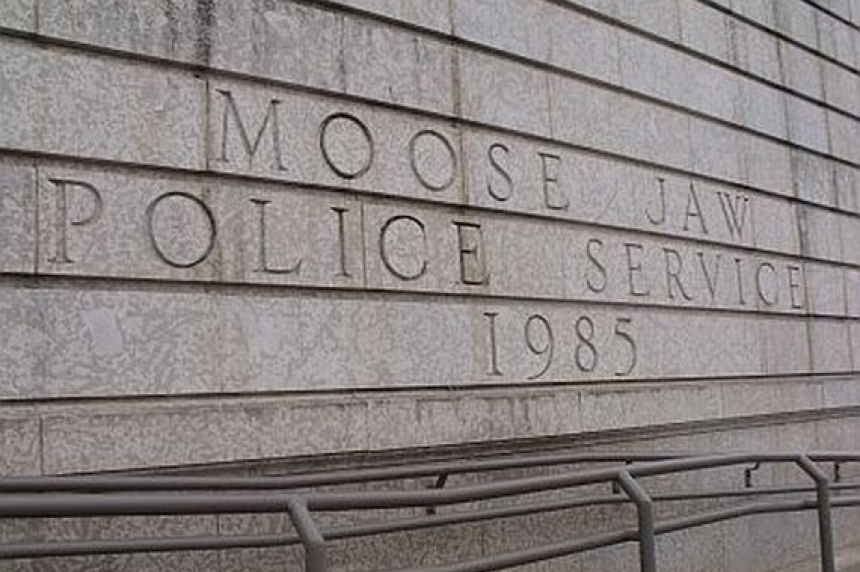 Moose Jaw police seeking suspicious truck