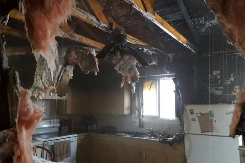 Family pets die in Christmas Eve house fire