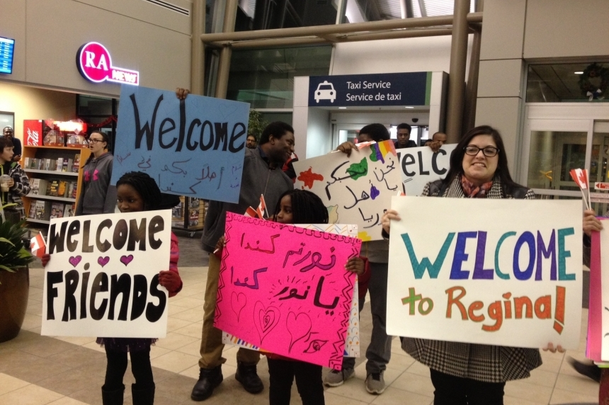 100 Syrian refugees arrive in Regina Friday