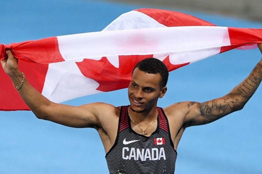 Roundup: De Grasse wins silver, Warner bronze on track at Rio Olympics
