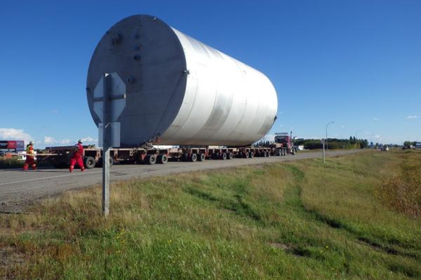 Huge tank for SaskPower passing through Whitewood, Grenfell, Stoughton areas