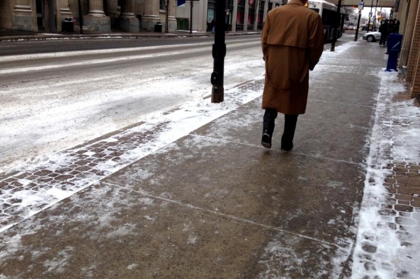 City of Regina sanding slippery streets