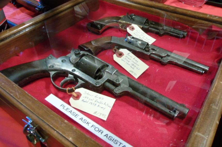 PHOTOS: Antiques shine at Regina gun show