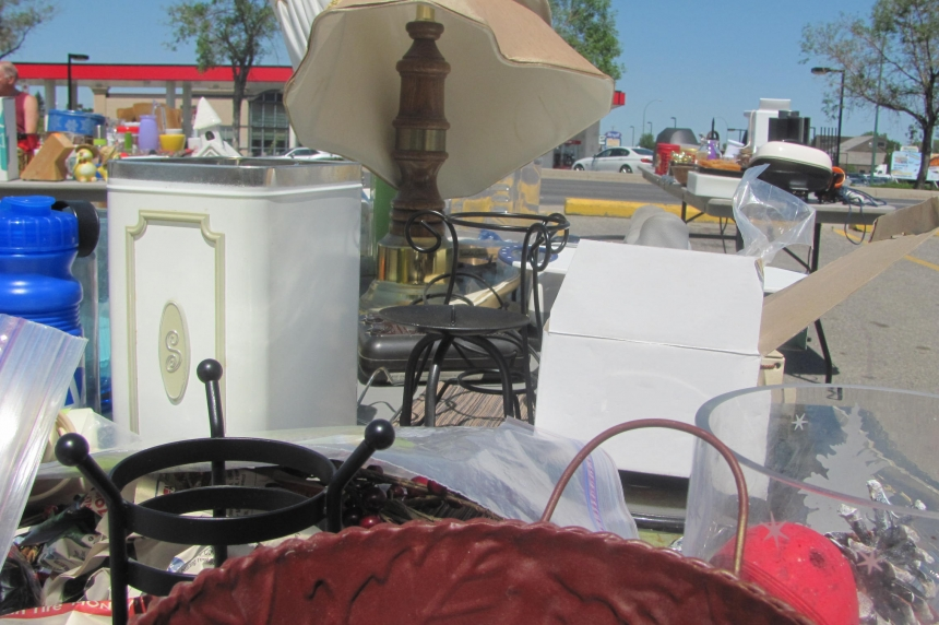 Shoppers search for treasures at Regina garage sale