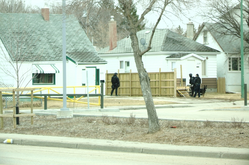 2 taken into custody after 8 1/2-hour standoff in North Central Regina