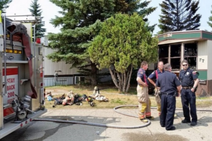 Woman dies after being pulled from Moose Jaw trailer fire