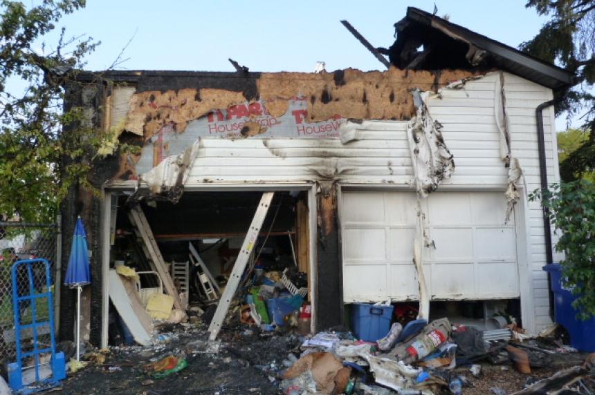 Saskatoon fire crews battle garage fire in Riversdale