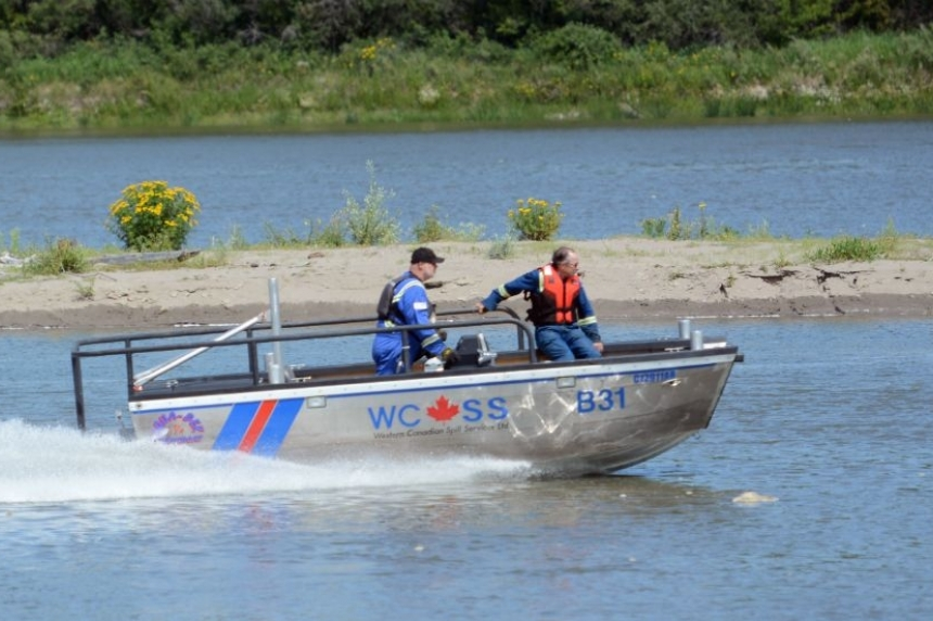 Oil spill into North Saskatchewan River started earlier than first thought