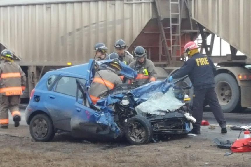 Man dies  following Circle Drive crash