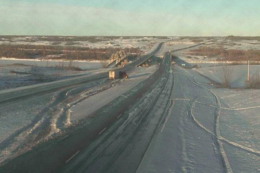 Freezing rain impacting highway travel in southern Sask.