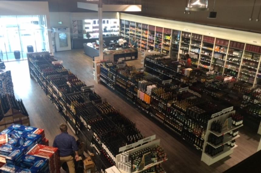 Private liquor store opens its doors in Regina's Harbour Landing