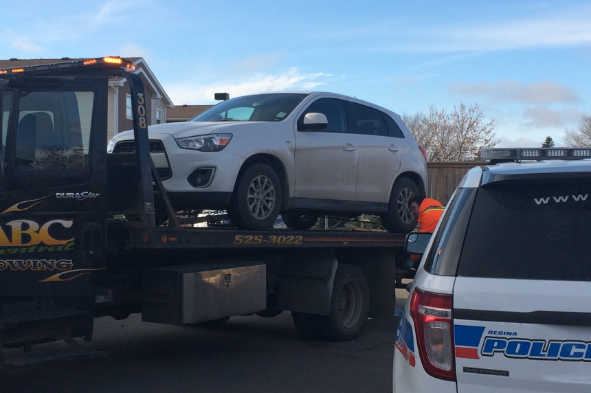 Regina police find child and stolen SUV, still searching for suspect