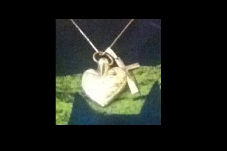 Saskatoon woman overjoyed with return of stolen locket containing husband's ashes