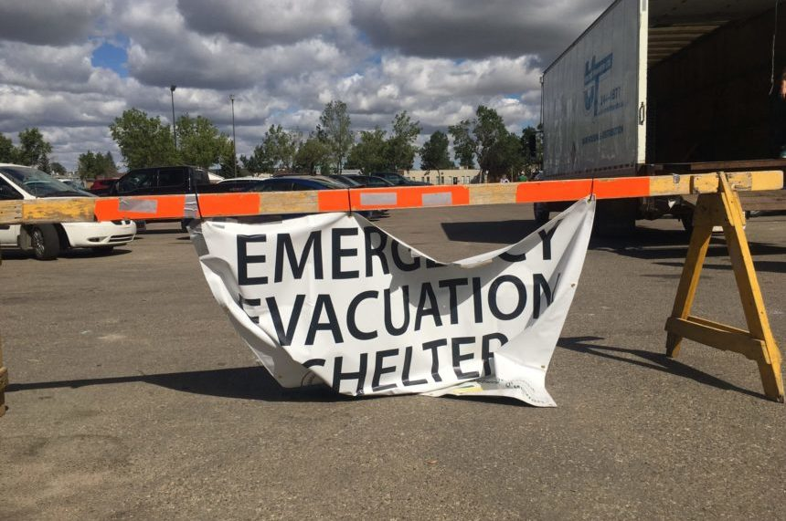 'We're lonely, we want to go home:' Pelican Narrows evacuees