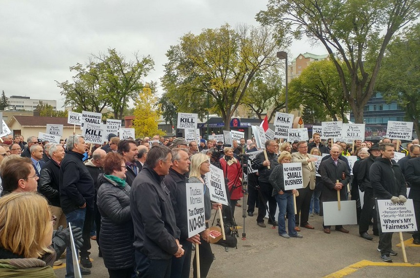 Small business protest draws hundreds opposing tax changes