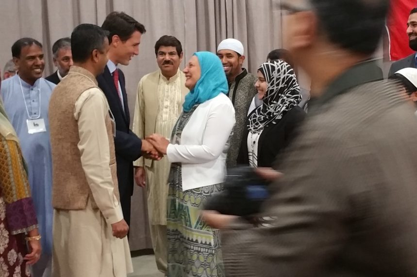 Trudeau urges Canadians to fight Islamophobia during visit to Saskatoon