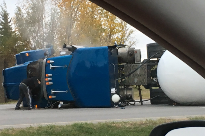 City hopes to clear ammonia truck on College Dr. by morning